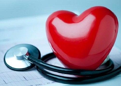 Kookosveden hyödyt sydämen terveydelle.