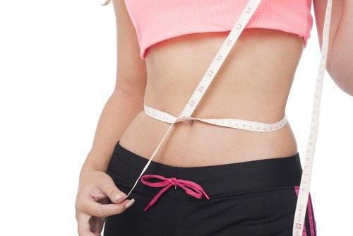 Punnerrukset auttavat polttamaan vatsarasvaa