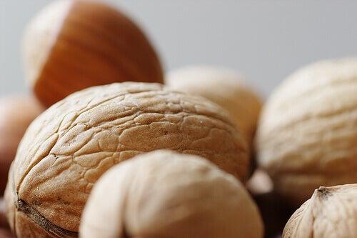 Sisäinen tasapaino saksanpähkinät