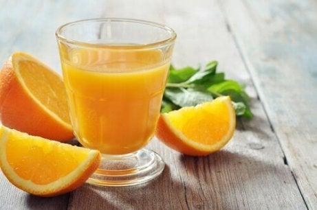 appelsiinimehussa on c-vitamiinia