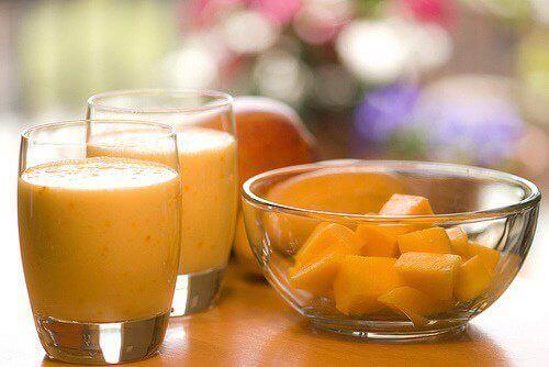Voit valmistaa suolistoa hoitavan smoothien helposti.