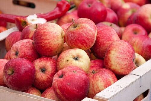 Poista tulehtuneisuus omenoiden avulla