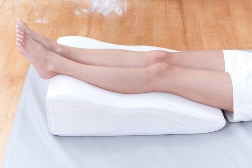 Kohota jalkoja säännöllisesti.