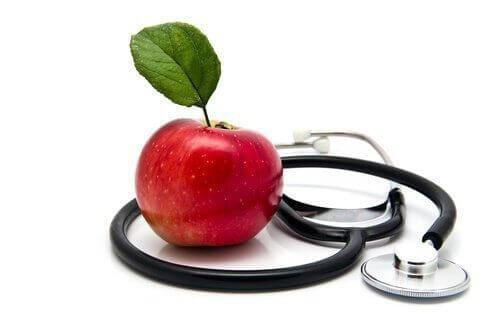 Omena on hyväksi sydämelle.