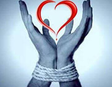 köytetyt kädet mutta rakkautta