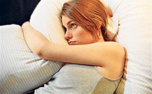 Aivot tarvitsevat aikaa rauhoittuakseen ennen nukkumaanmenoa.