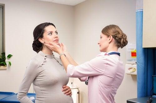raskaus ja kilpirauhassyöpä
