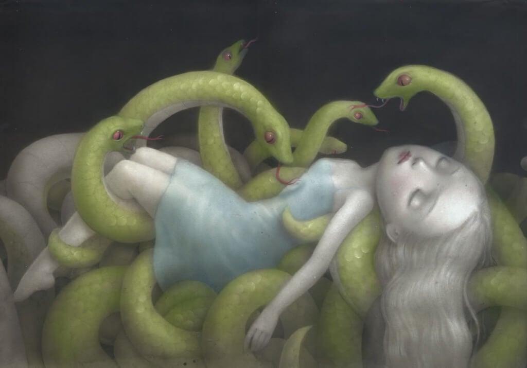 Tyttö käärmeiden kourissa
