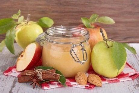 valmista herkullinen omenasose
