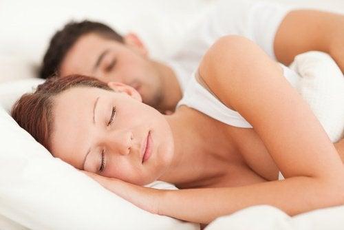 aineenvaihdunta ja uni
