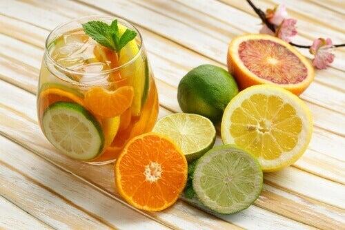 Hoida uupumus syömällä sitrushedelmiä
