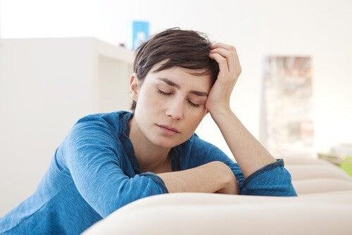 Väsynyt nainen