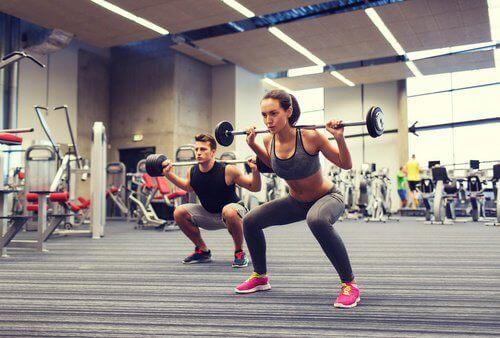 kyykyt vahvistavat lihaksia