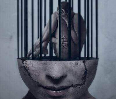 Huono itsetunto aiheuttaa ihmiselle paljon tuskaa.