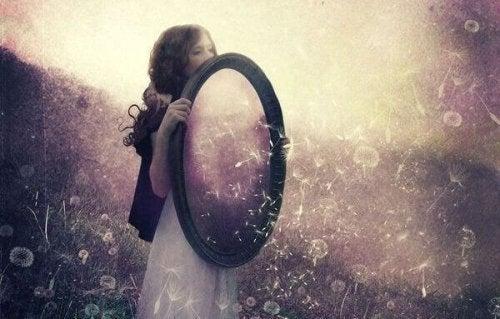 Ihmissuhteet ovat peili, josta näet oman itsesi