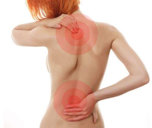 Miten erotan välilevyn pullistuman ja tavallisen selkäkivun?