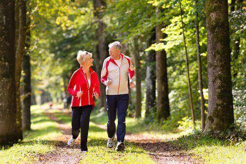 Liikunta auttaa parantamaan itsetuntoa.