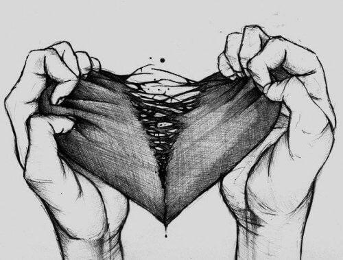 kädet repivät sydämen