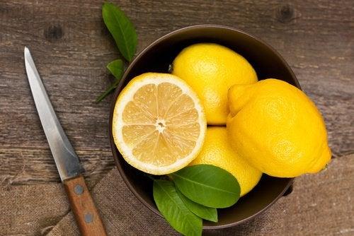 Sitruunamehun 6 terveysvaikutusta