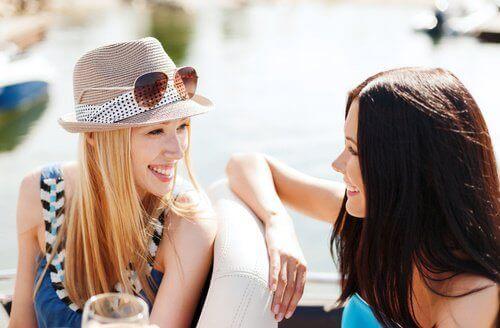 Kun vietät aikaa läheisten kanssa, se auttaa vähentämään stressiä.