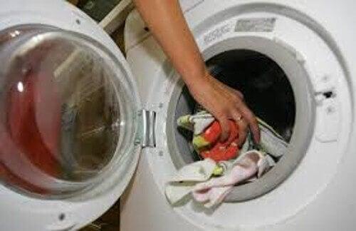 kuivausrumpu pyyhkeistä pehmeitä