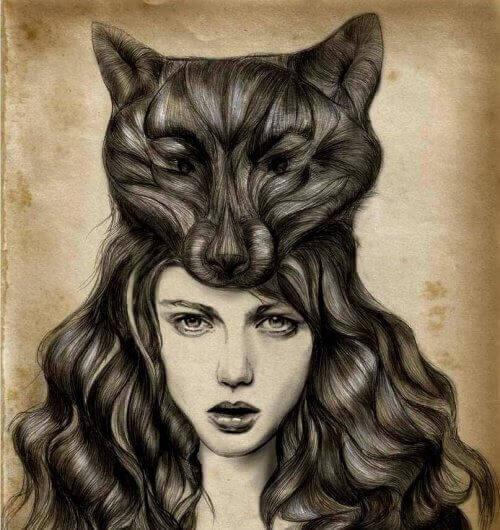 naamio naisen päässä