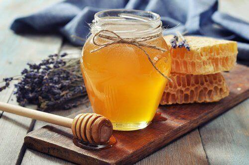 Hunajan käyttötavat ovat mahtavat ja moninaiset!
