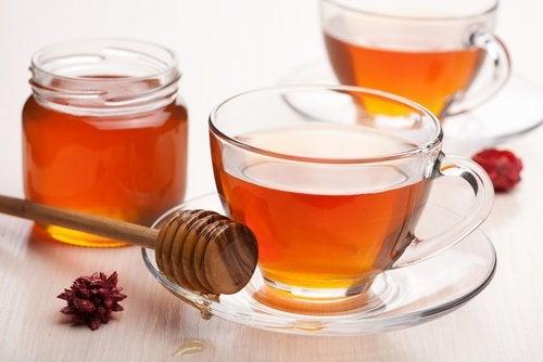 Hunaja parantaa ruuansulatusta.