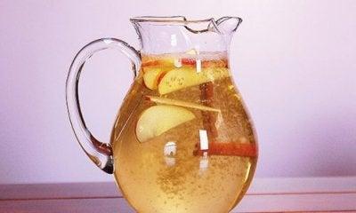 Painonpudotusta tukeva juoma kanelista, omenasta ja sitruunasta