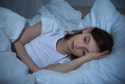 5 syytä yölliseen hikoiluun, jotka täytyy ottaa huomioon