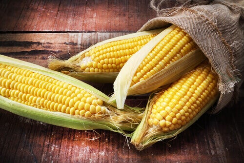 puhdista maissit talouspaperilla