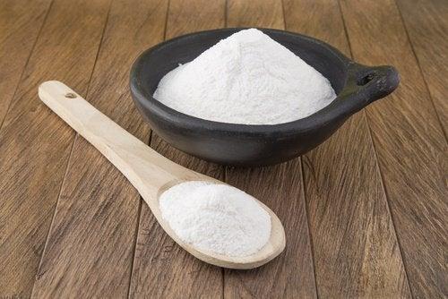 Käyttämällä ruokasoodaa homeisiin kohtiin, autat poistamaan myös ummehtunutta hajua.
