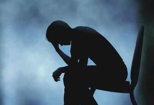 Mitkä ovat surun fyysiset vaikutukset elimistöön?