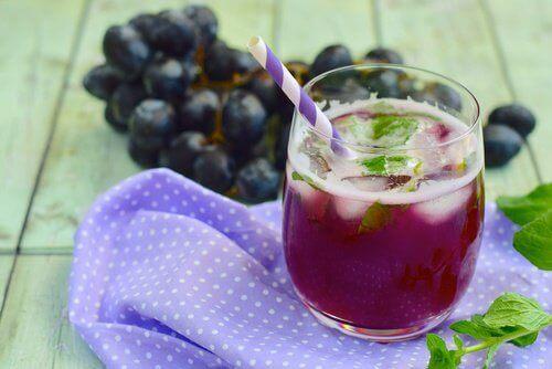 vähennä vatsarasvaa viinirypäleillä