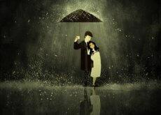 Ihmissuhteet pari sateenvarjon alla