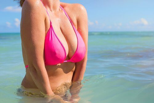 rinnat ja bikinit