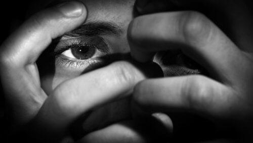 tukahdutetut tunteet aiheuttavat surua