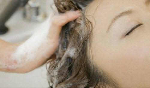 Pesetkö hiuksesi väärin?