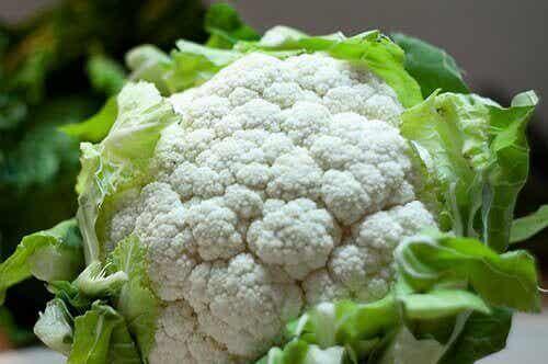 Kukkakaalin terveyshyödyt - 10 terveysvaikutusta