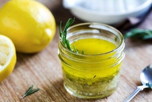 Sitruunamehun ja oliiviöljyn yhdistämisen uskomattomat hyödyt