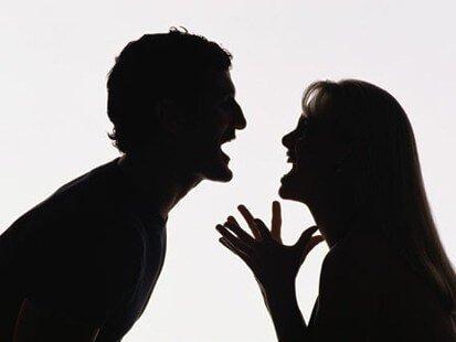 Kuinka välttää mitättömät riidat kumppanin kanssa