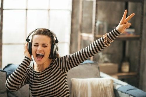 Musiikki tuo iloa elämään.