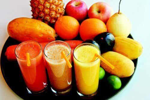 6 pelkkää vettäkin terveellisempää juomaa