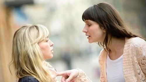kun ystävä manipuloi toista, on aika lopettaa ystävyys