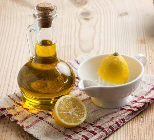 Oliiviöljy ja sitruuna