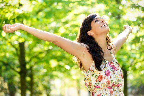 Onnellinen nainen