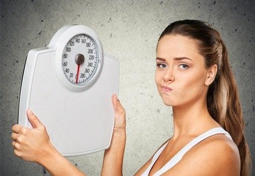 8 syytä sille, miksi painosi ei putoa
