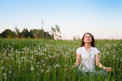 7 mahtavaa tapaa kohottaa mielialaa luonnollisesti