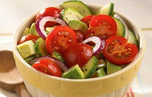 6 ruokayhdistelmää jotka hyödyttävät terveyttäsi