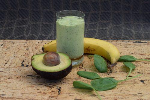 avokadosmoothie banaanilla